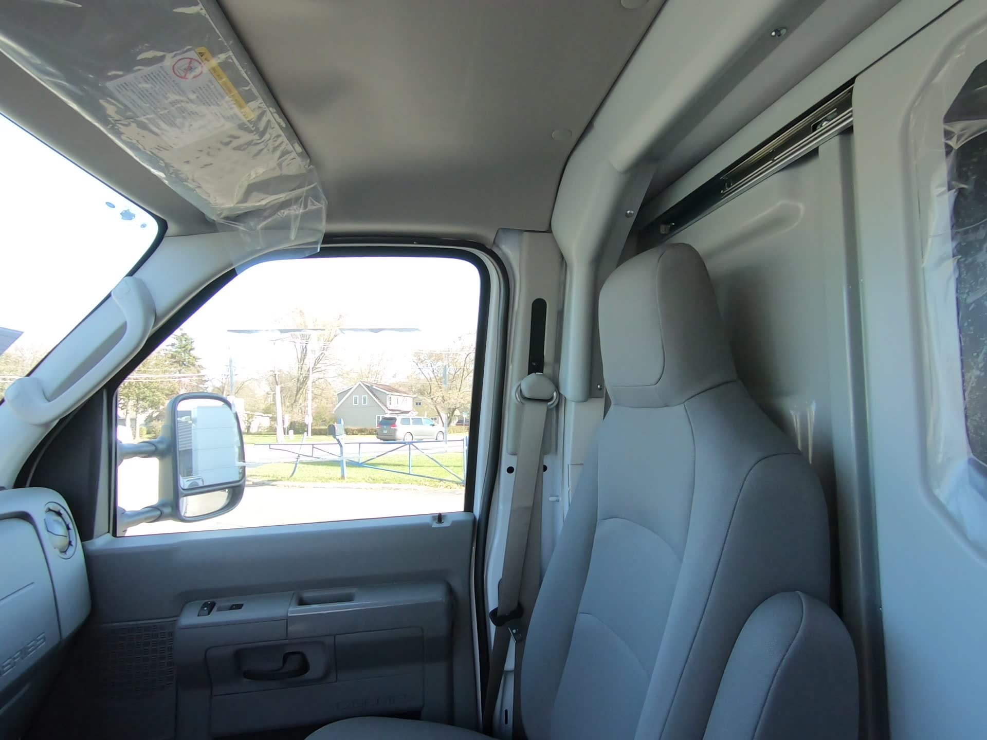 New 2019 Ford E-350