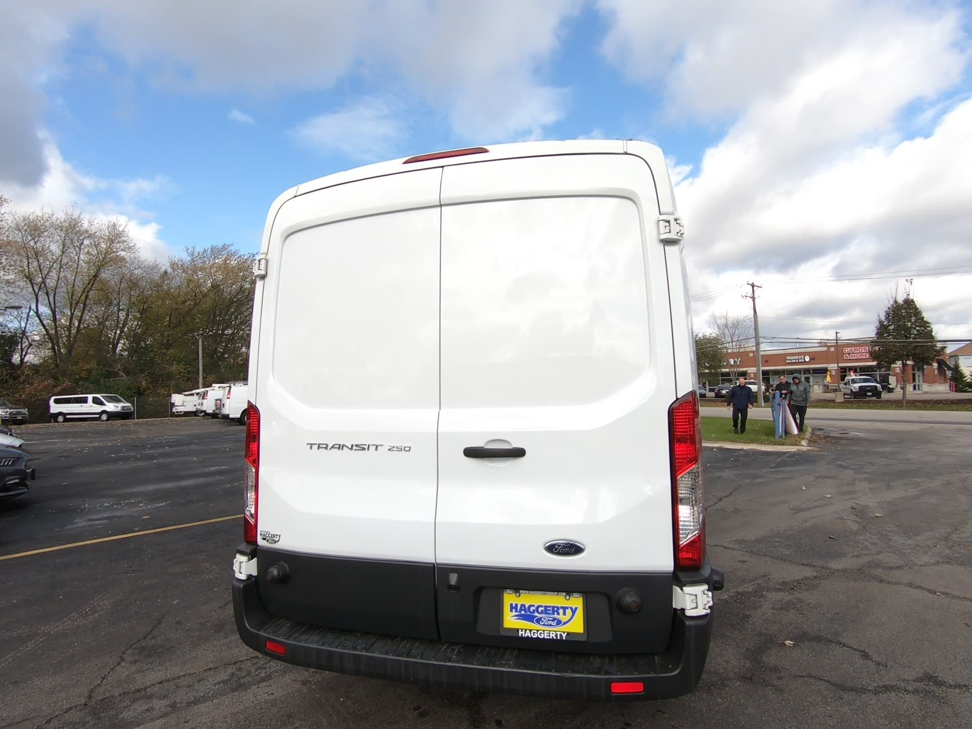 Pre-Owned 2017 Ford Transit Van 250 MR