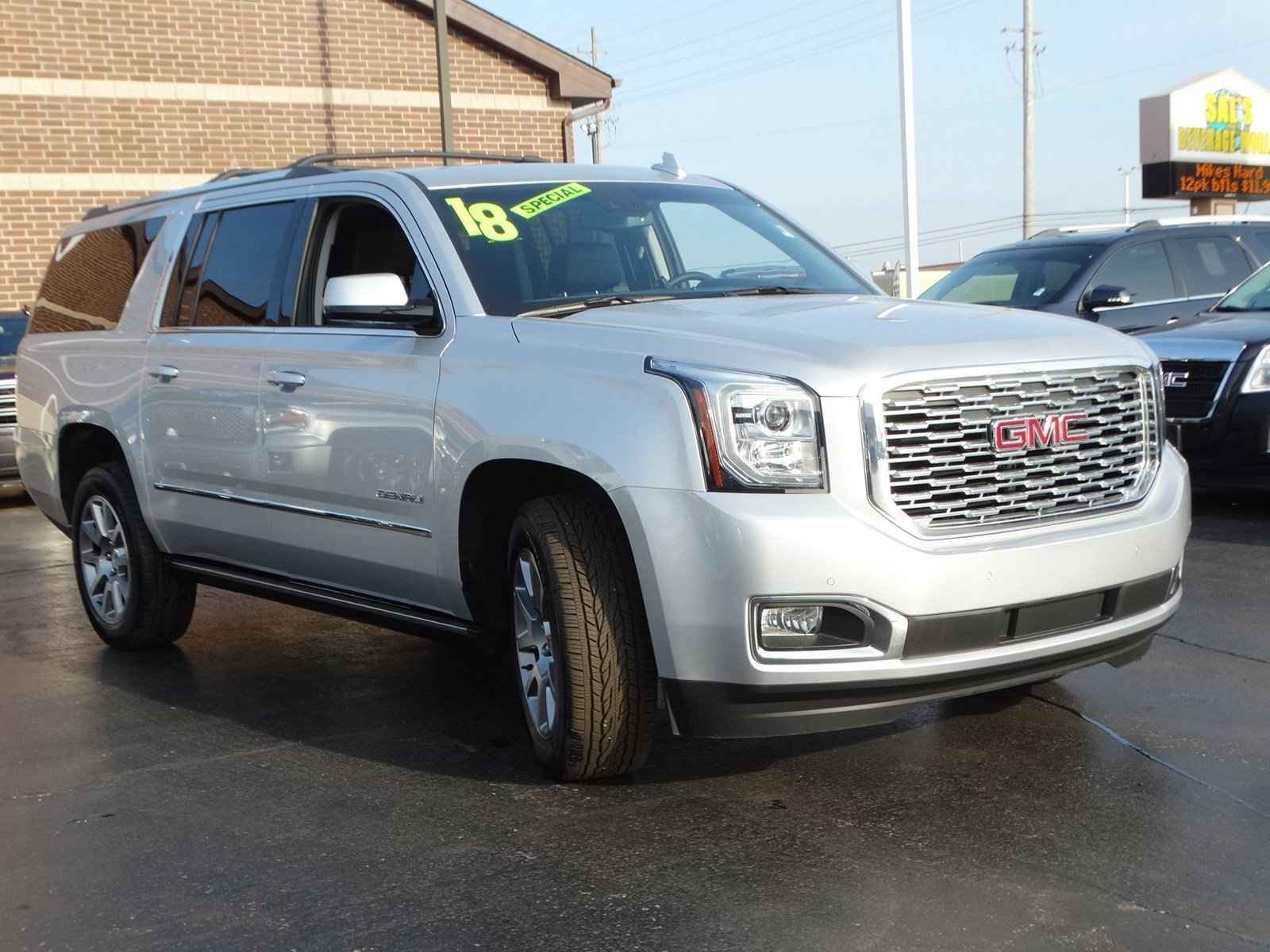 Certified Pre-Owned 2018 GMC Yukon XL Denali