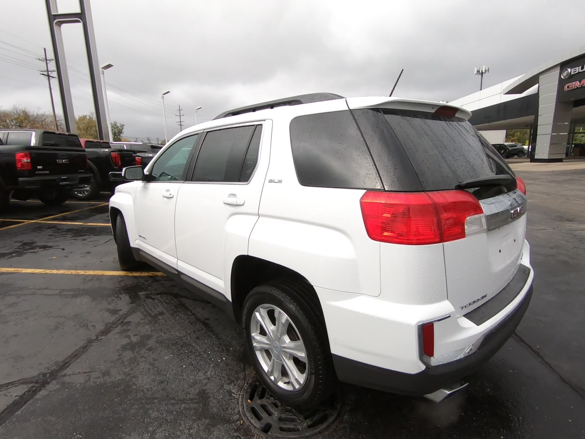 Certified Pre-Owned 2017 GMC Terrain SLE