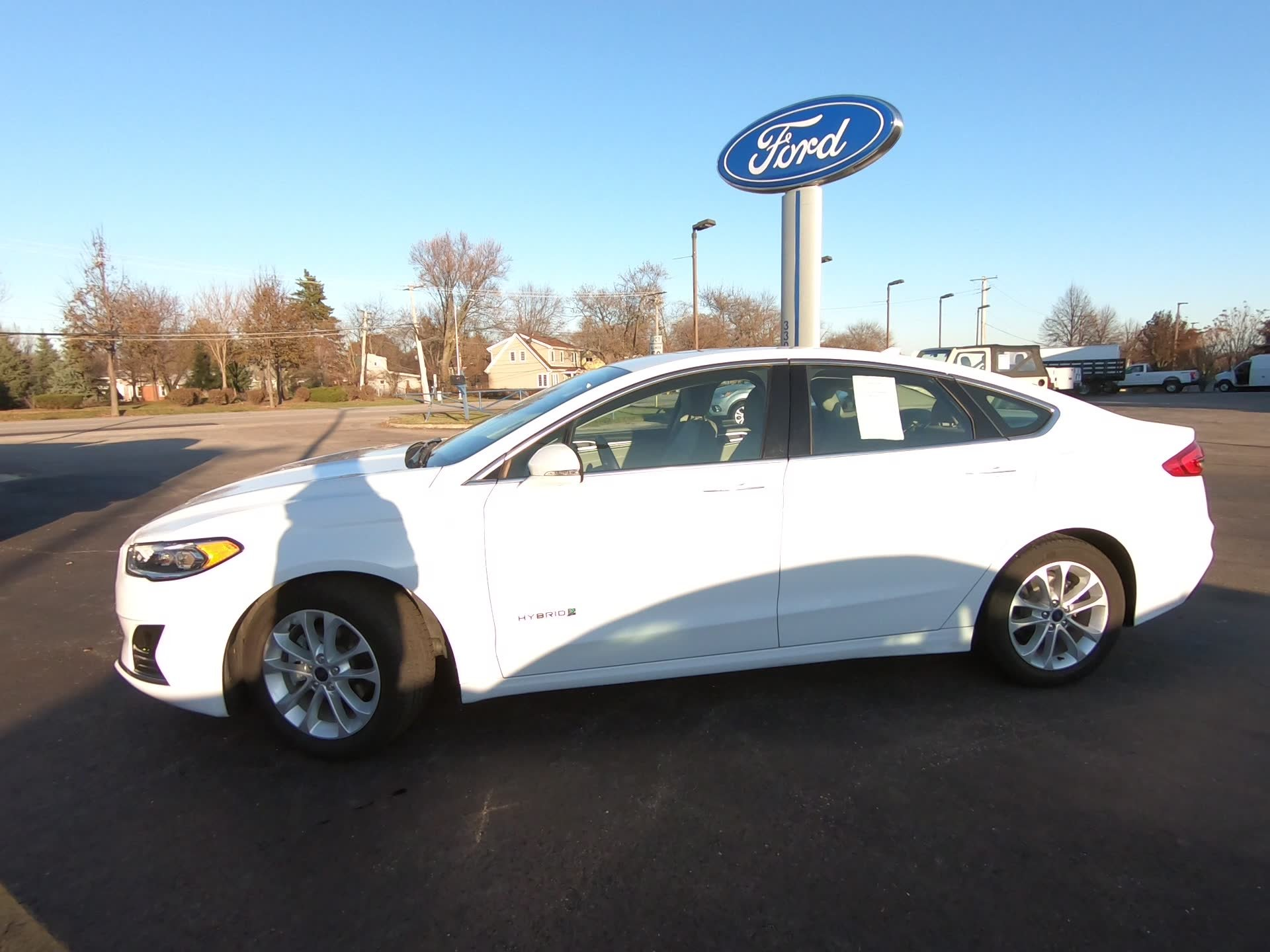 Certified Pre-Owned 2019 Ford Fusion Hybrid SEL