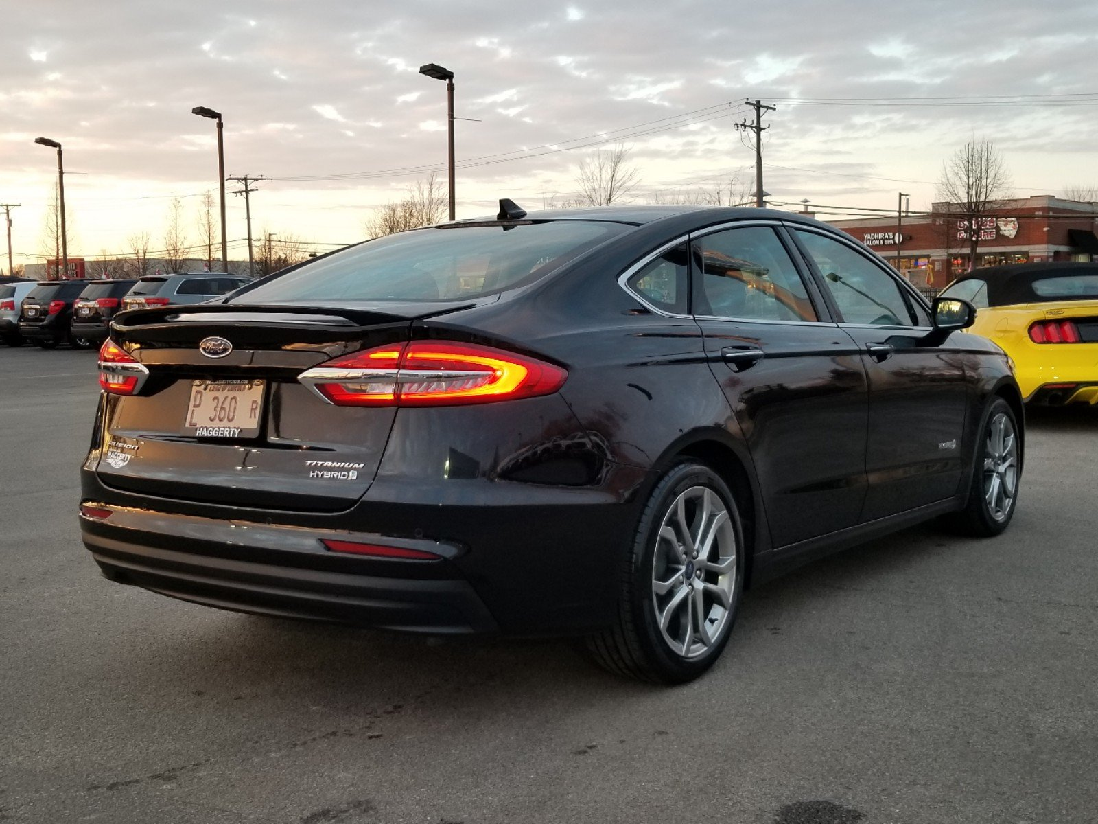 Certified Pre-Owned 2019 Ford Fusion Hybrid Titanium