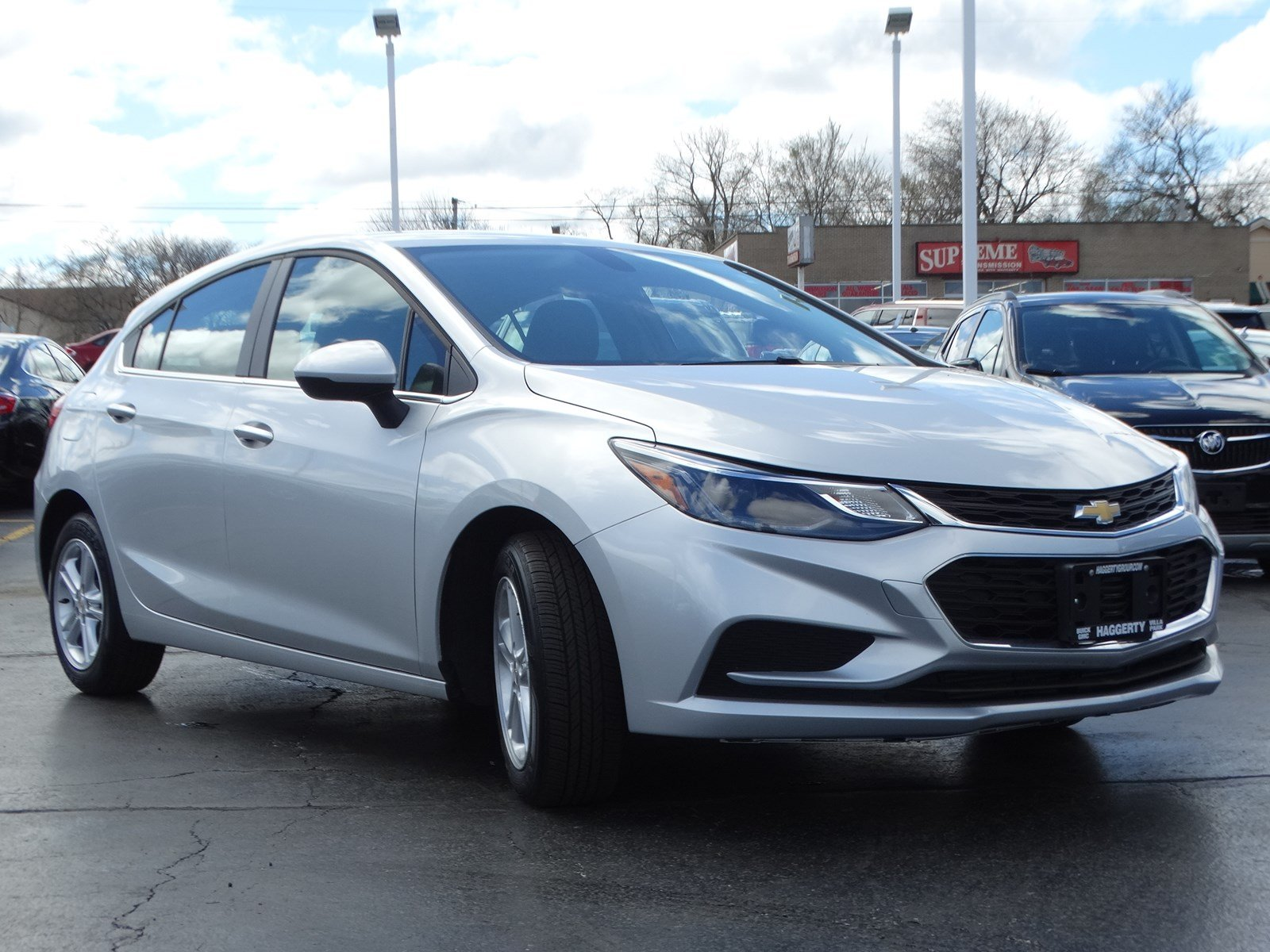 Certified Pre-Owned 2018 Chevrolet Cruze LT Hatchback