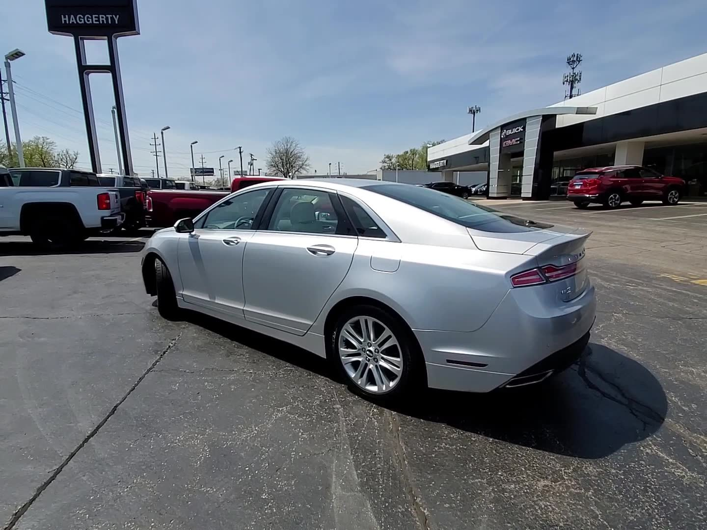 Pre-Owned 2015 Lincoln MKZ Hybrid