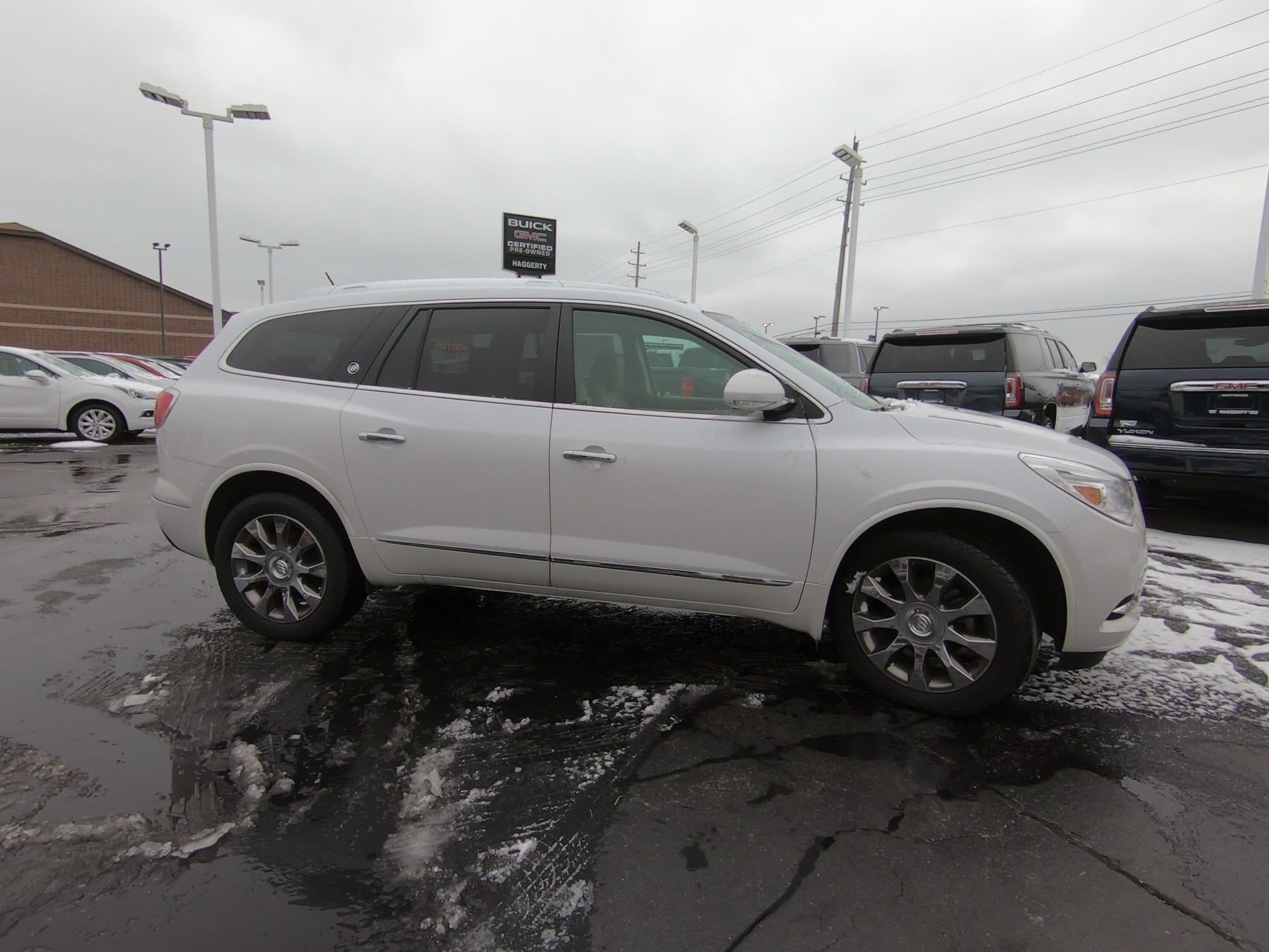Certified Pre-Owned 2016 Buick Enclave Leather
