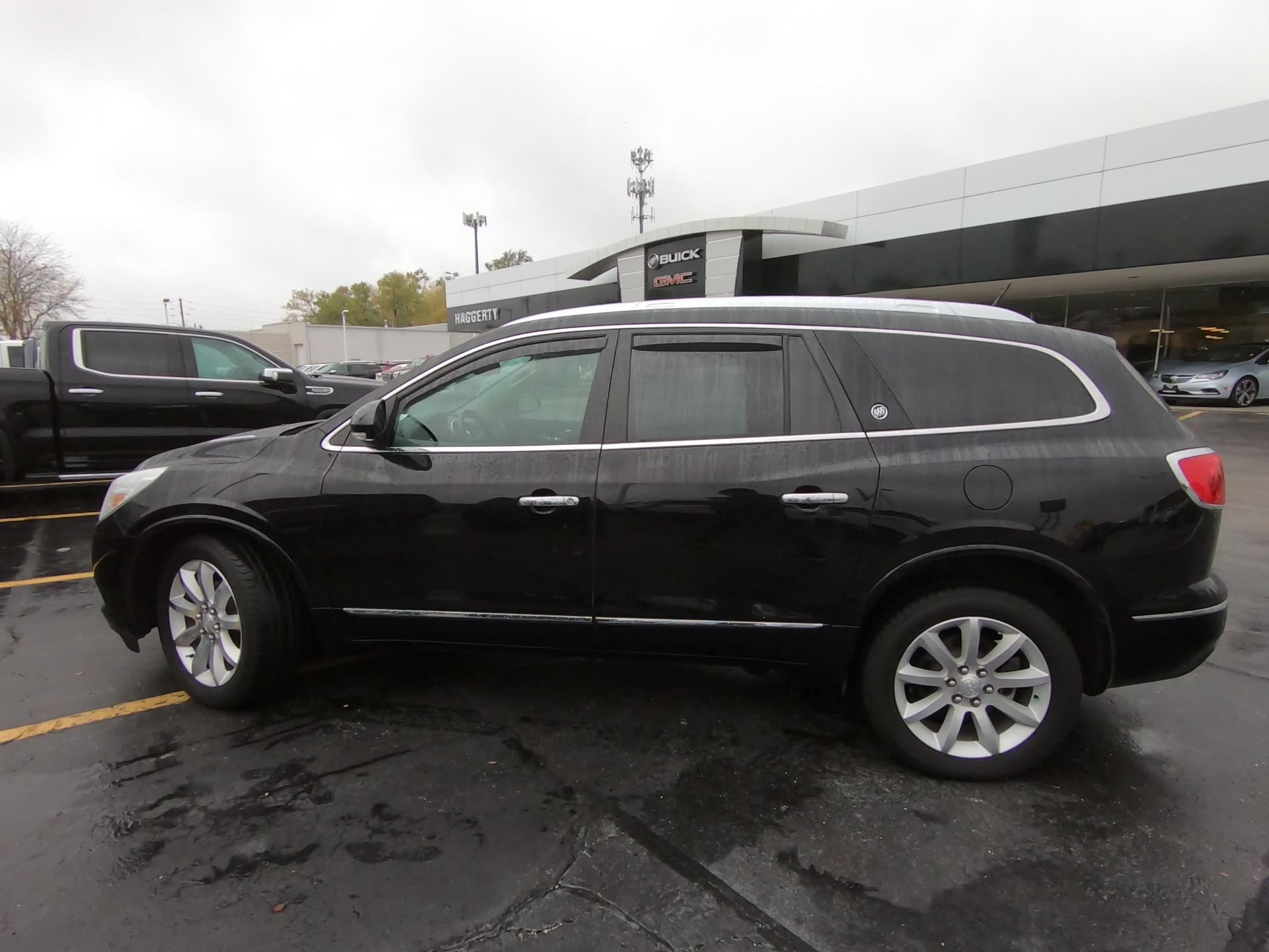 Certified Pre-Owned 2017 Buick Enclave AWD Premium Sunroof Navigation